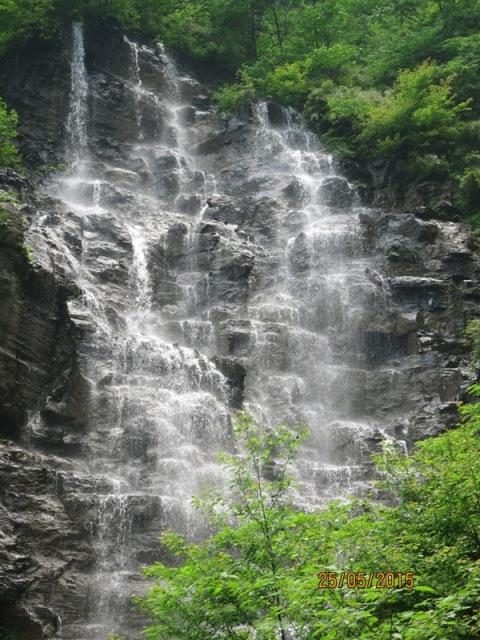 999 steps down waterfall3