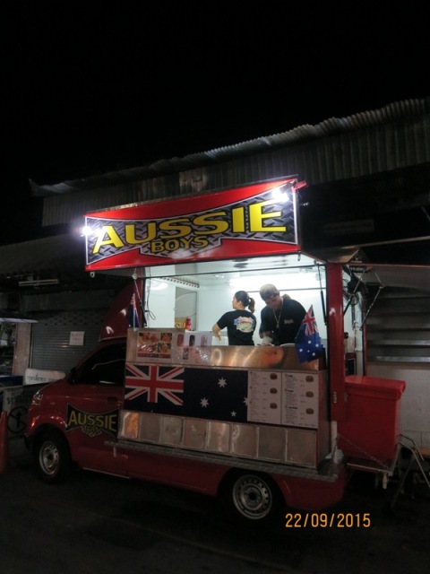 Aussie Boyz burger at Anusarn