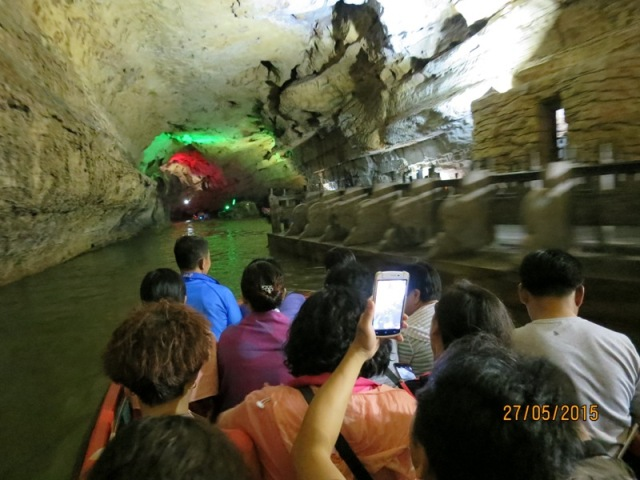 Boat ride in Huanglong2