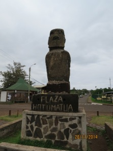 Downtown Moai 3