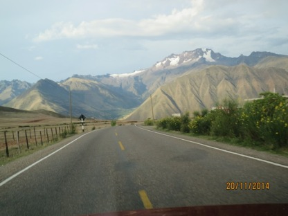Drive from Pisonay to Cusco4