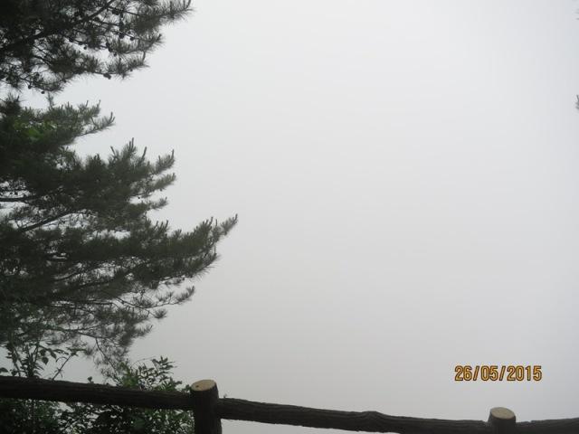 Helong - Sandstone Peaks11