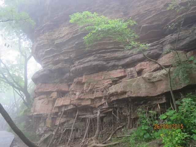 Helong - Sandstone Peaks12