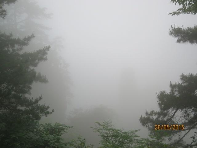 Helong - Sandstone Peaks24