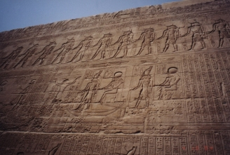 Horus04