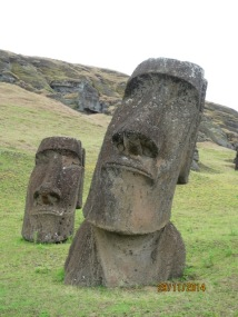Moais at Rano Raraku96