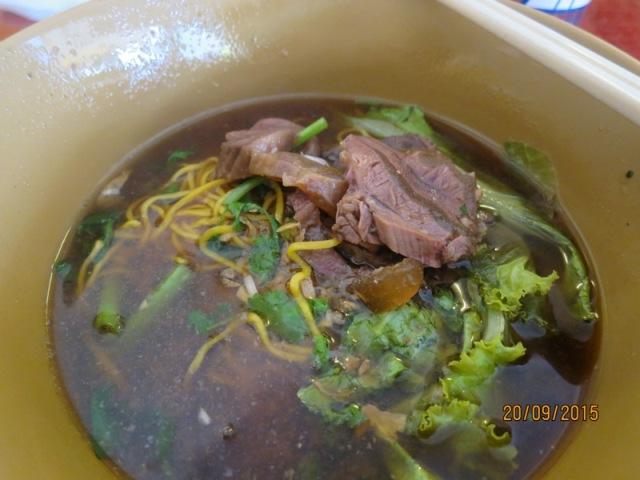 Nimmanhaeminda Soi 11 lunch2