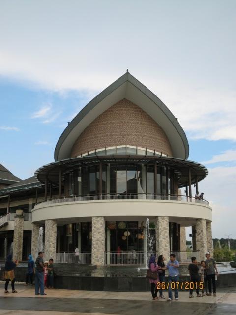 Plaza Lagoi2