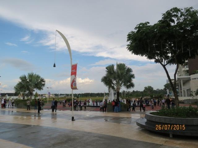 Plaza Lagoi4