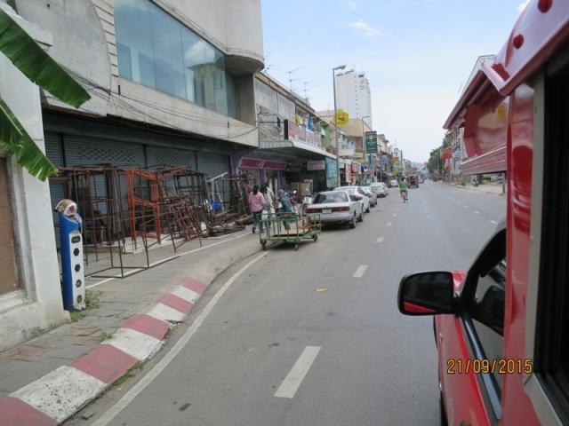 Songthaew ride7