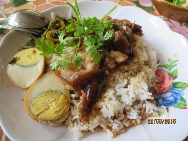 Sukhothai local restaurant lunch4