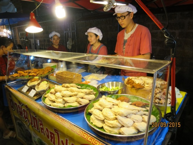 Thapae night market11
