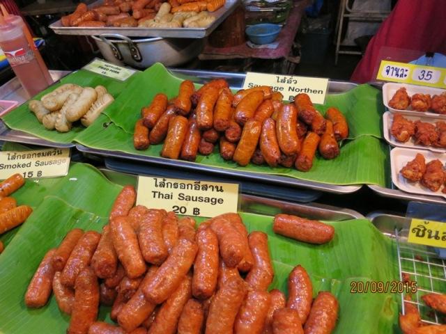 Thapae night market12