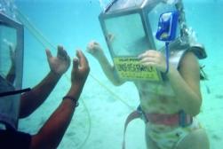 Undersea Walk01