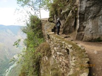 Walk to the Inca bridge2