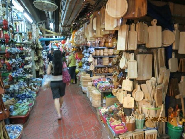 Warorot market12