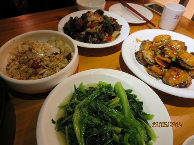 Wuhan Dinner3