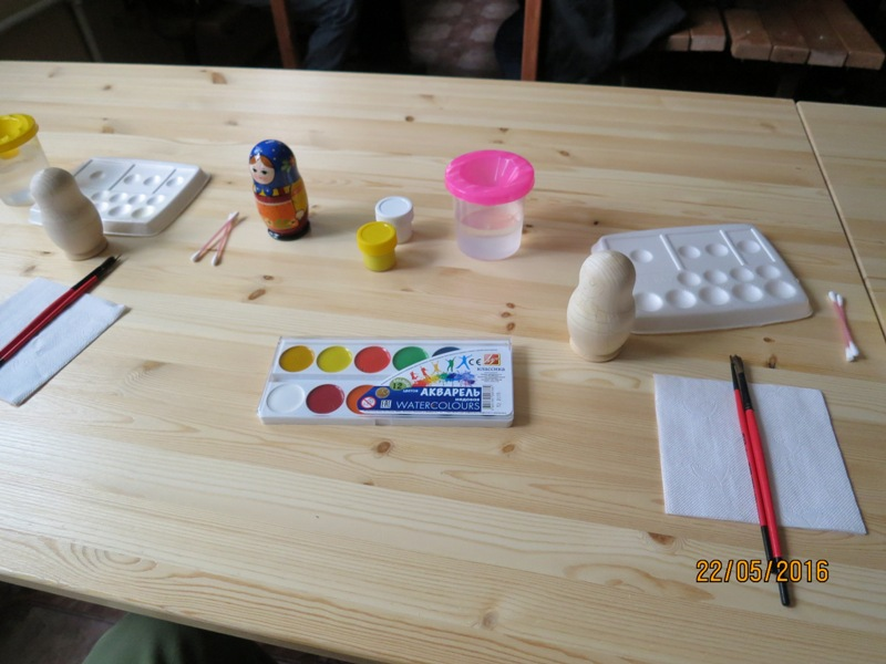 Matryoshka doll making3