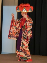 Okinawa dance performance1