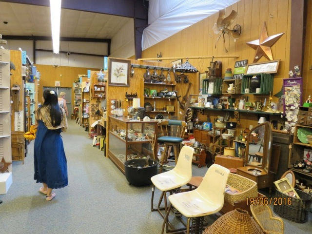 Cackleberry antique mall6