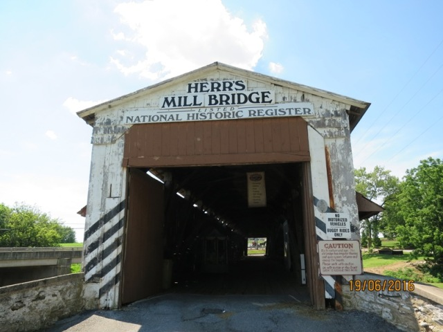 Herrs Mill covered bridge7