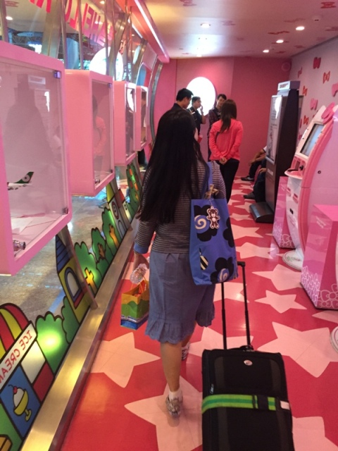 Hello Kitty check-in counter12
