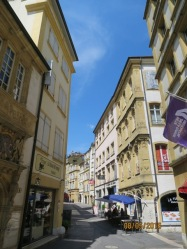 Neuchatel old town walk1