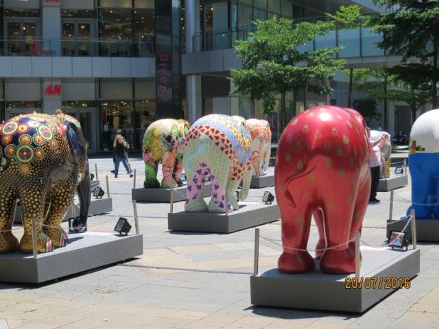 Shopping at Shinkong malls5
