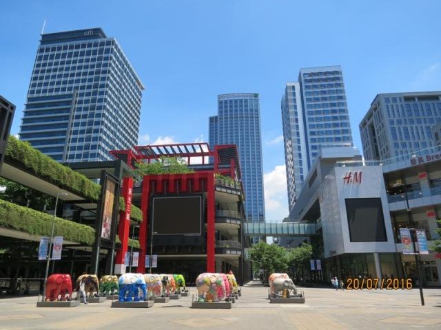 Shopping at Shinkong malls8