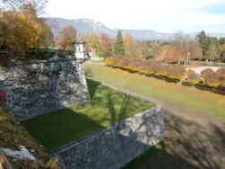 Solothurn defense wall24