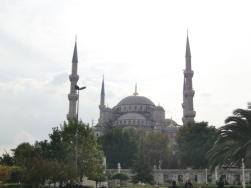 walking-to-the-blue-mosque13
