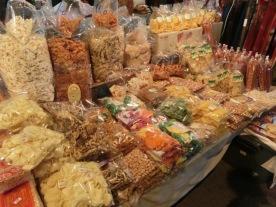 thaphae-gate-market-28