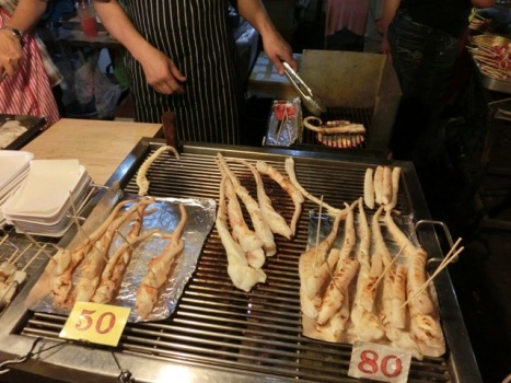 thaphae-gate-market-39