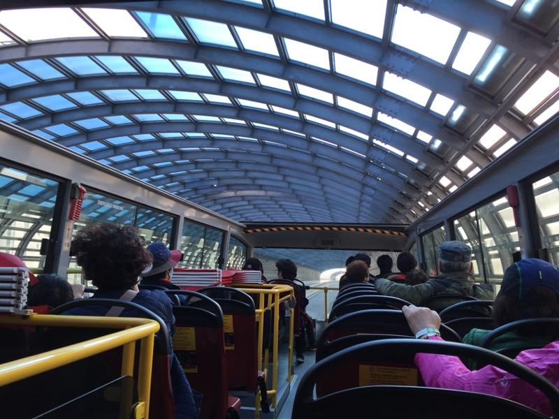 tour-bus-drive7