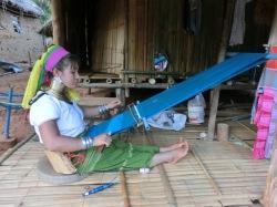 tribal-village-palong-long-neck10