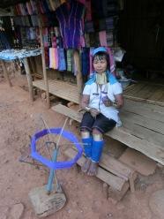 tribal-village-palong-long-neck4