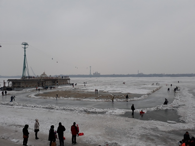 frozen-songhua-river20