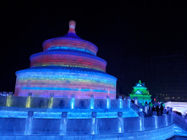 ice-festival-colors-38