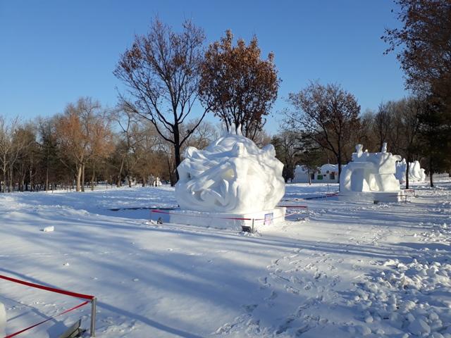 snow-festival-35
