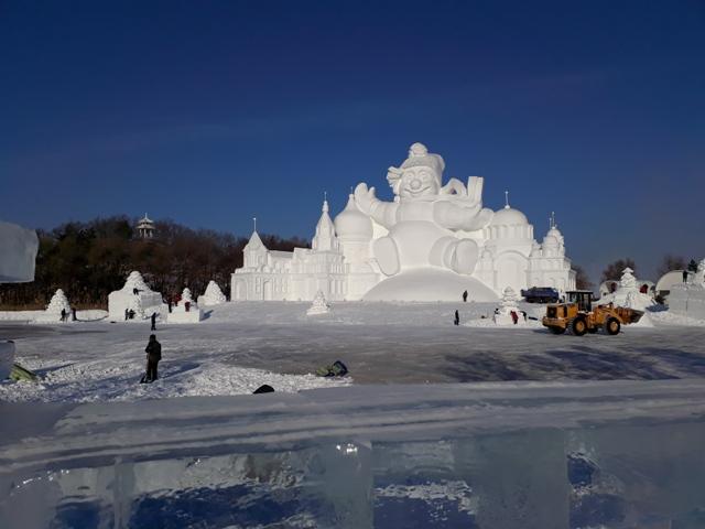 snow-festival-53