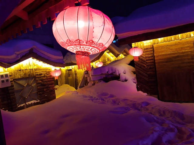 snow-town-night-light14