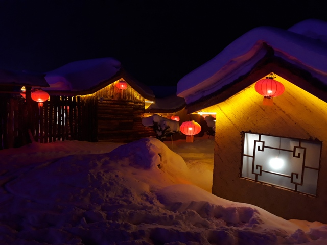 snow-town-night-light16