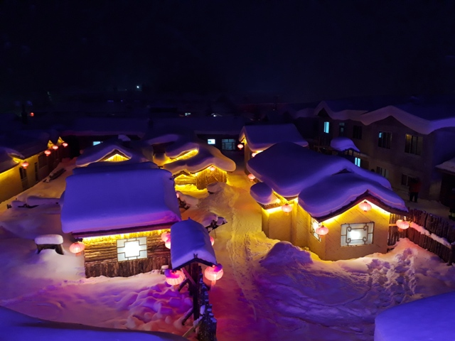 snow-town-night-light26