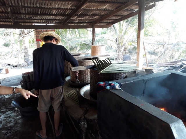 coconut-sugar-making1