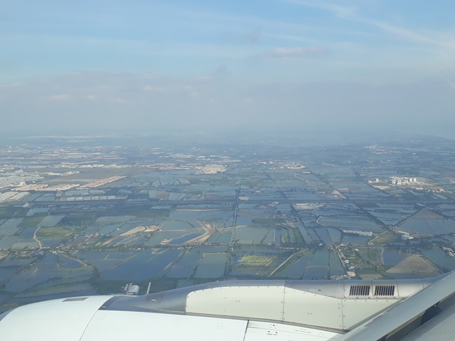 flying-to-bangkok14