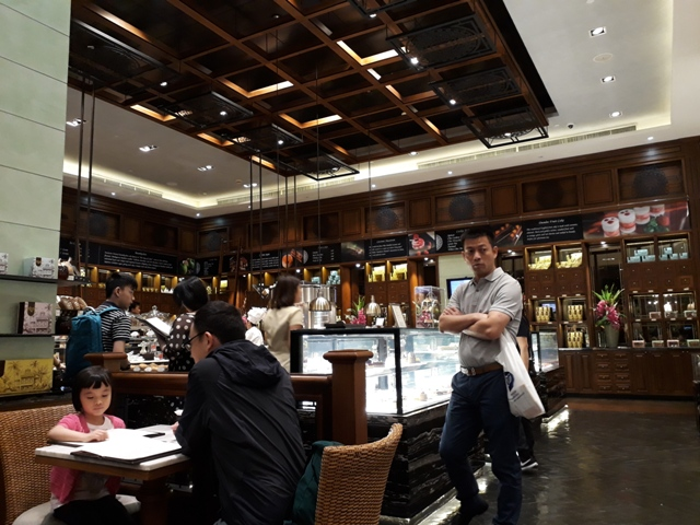 mandarin-oriental-cafe2
