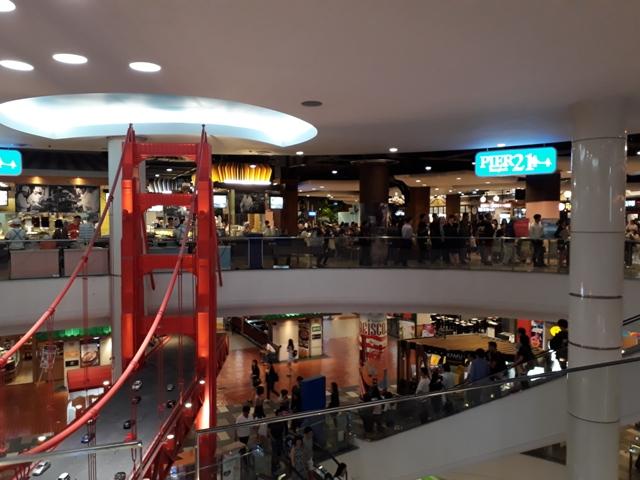 terminal-21-foodcourt