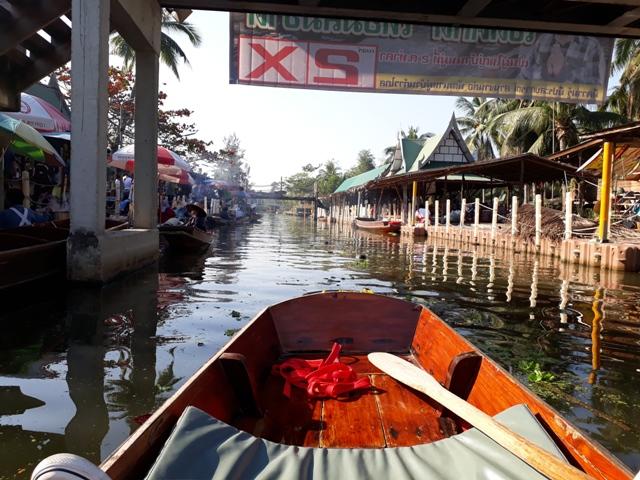 tha-kha-boat-ride2
