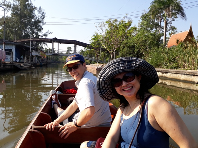 tha-kha-boat-ride3