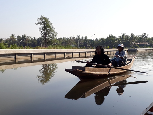 tha-kha-boat-ride9